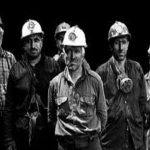 دستمزد سال96 کارگران فعلا اعلام نشده است/دولت برای حقوق های نجومی بودجه دارد اما برای حقوق کارگران با کسری بودجه مواجه می شود