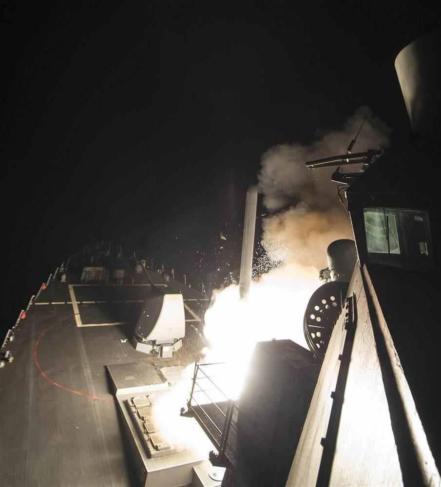 تعلیق اجرای تفاهمنامه همکاری مسکو-واشنگتن در سوریه/ هشدار فرانسه به آمریکا/ استاندار حمص: اراده ملت سوریه تزلزلناپذیر است+تصاویر