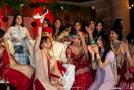 اقوام مختلف آداب و رسوم خاصی برای ازدواج دارند