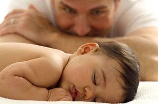 دلایل عدم تمایل مردان به پدر شدن