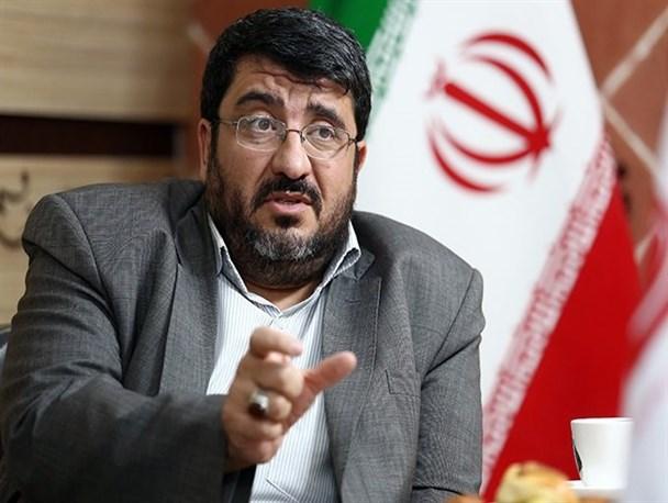 """فوآد ایزدی: """"برجام"""" به """"مشایی دولت روحانی"""" تبدیل شده است/ آمریکا به دنبال گرفتن امتیازات بیشتر از برجام است/ بازگشت به روز اول قبل از برجام به سود ما نیست"""