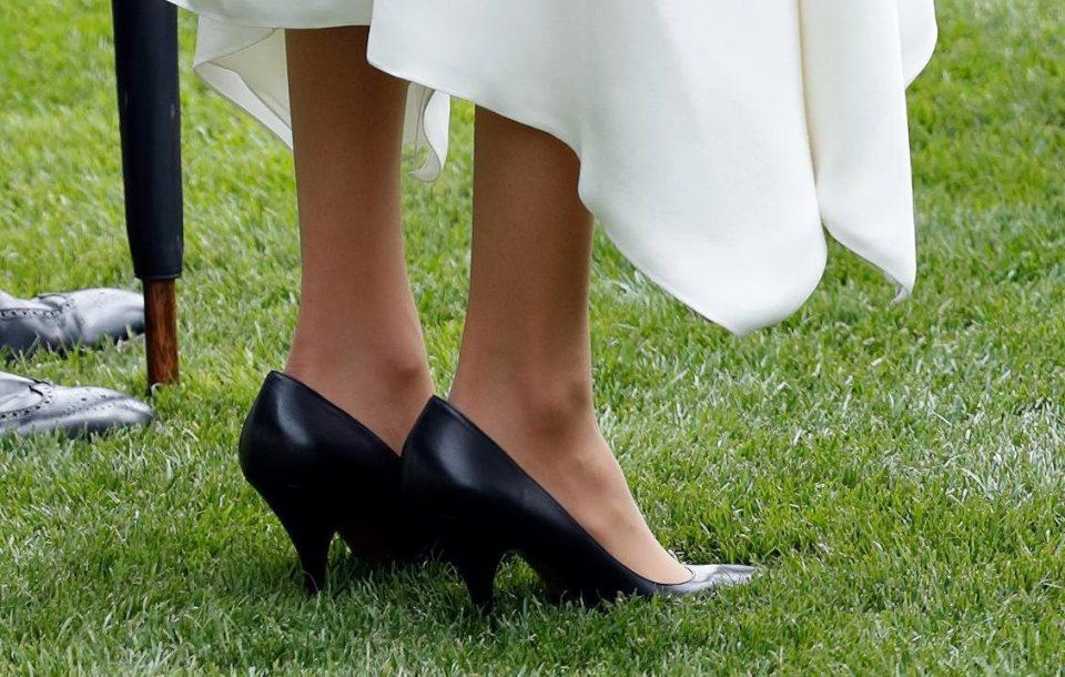 کفش های بزرگتر از سایز عروس سلطنتی تازه وارد سوژه شد